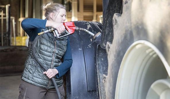 Comment vos pneus de tracteur impactent vos dépenses en carburant