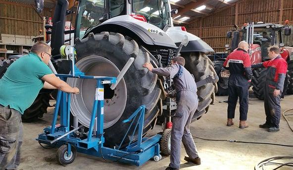 Savez-vous comment manipuler vos pneus agricoles sans les détériorer ?