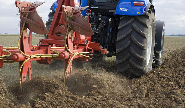 Compaction du sol liée aux pneus de tracteur