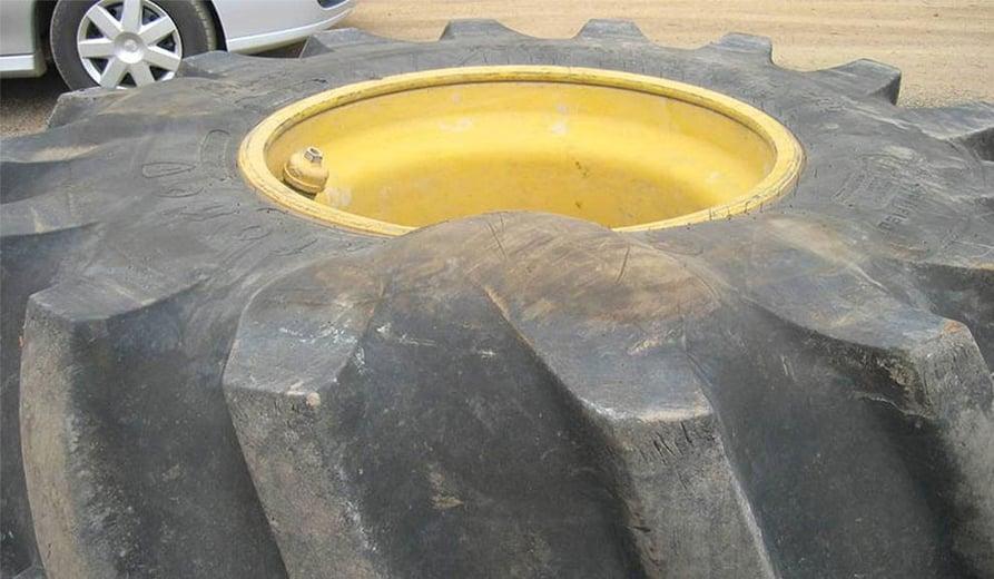 Une hernie sur mon pneu de tracteur est-elle réparable ?