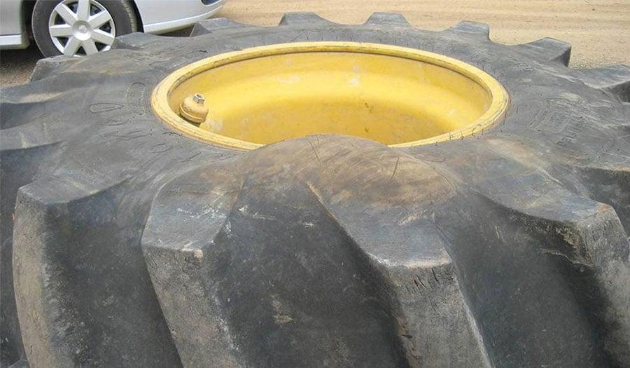 Peut-on réparer une hernie sur un pneu de tracteur ?