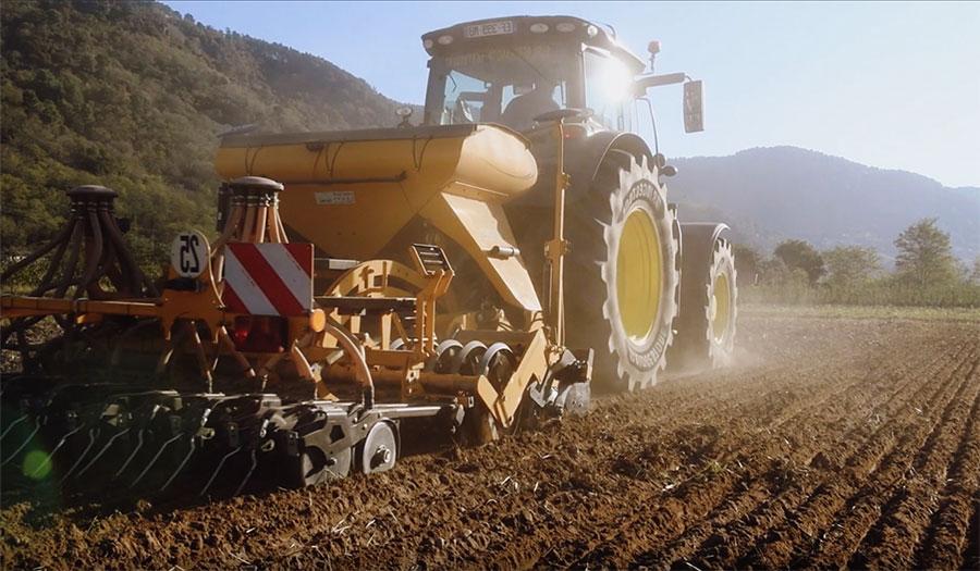 Résistance au roulement des pneus de tracteur
