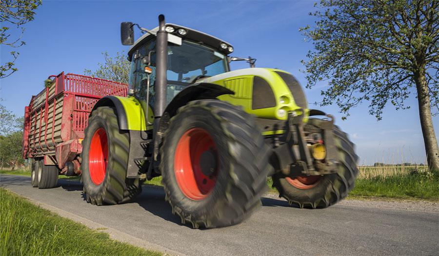 rôle des pneus de tracteur sur votre sécurité