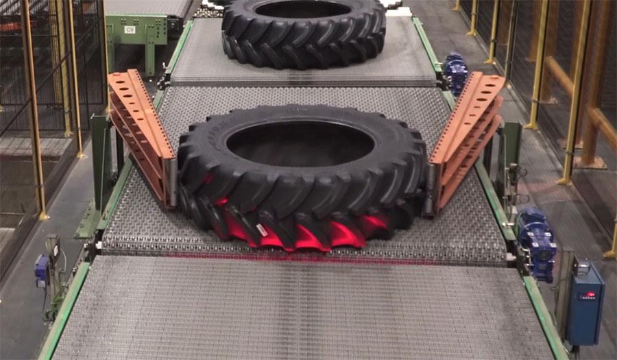 Fabrication des pneus de tracteur