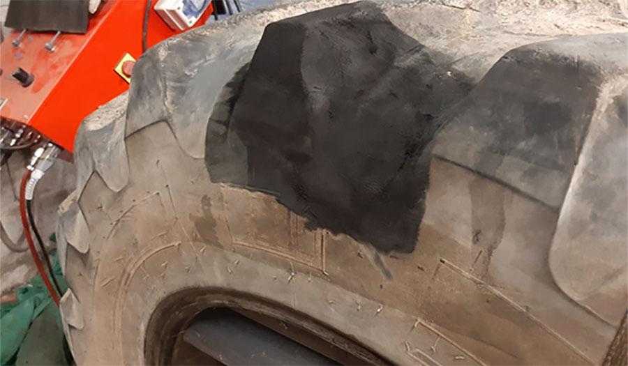 Technique de réparation des pneus de tracteur