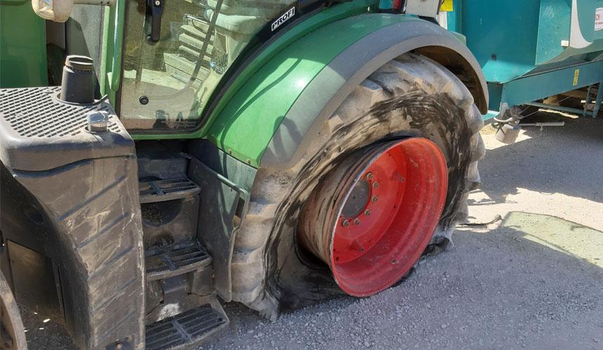 Crevaison pneu de tracteur